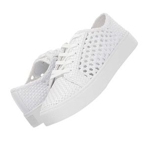 Marc Fisher Surly Sneaker 8 White
